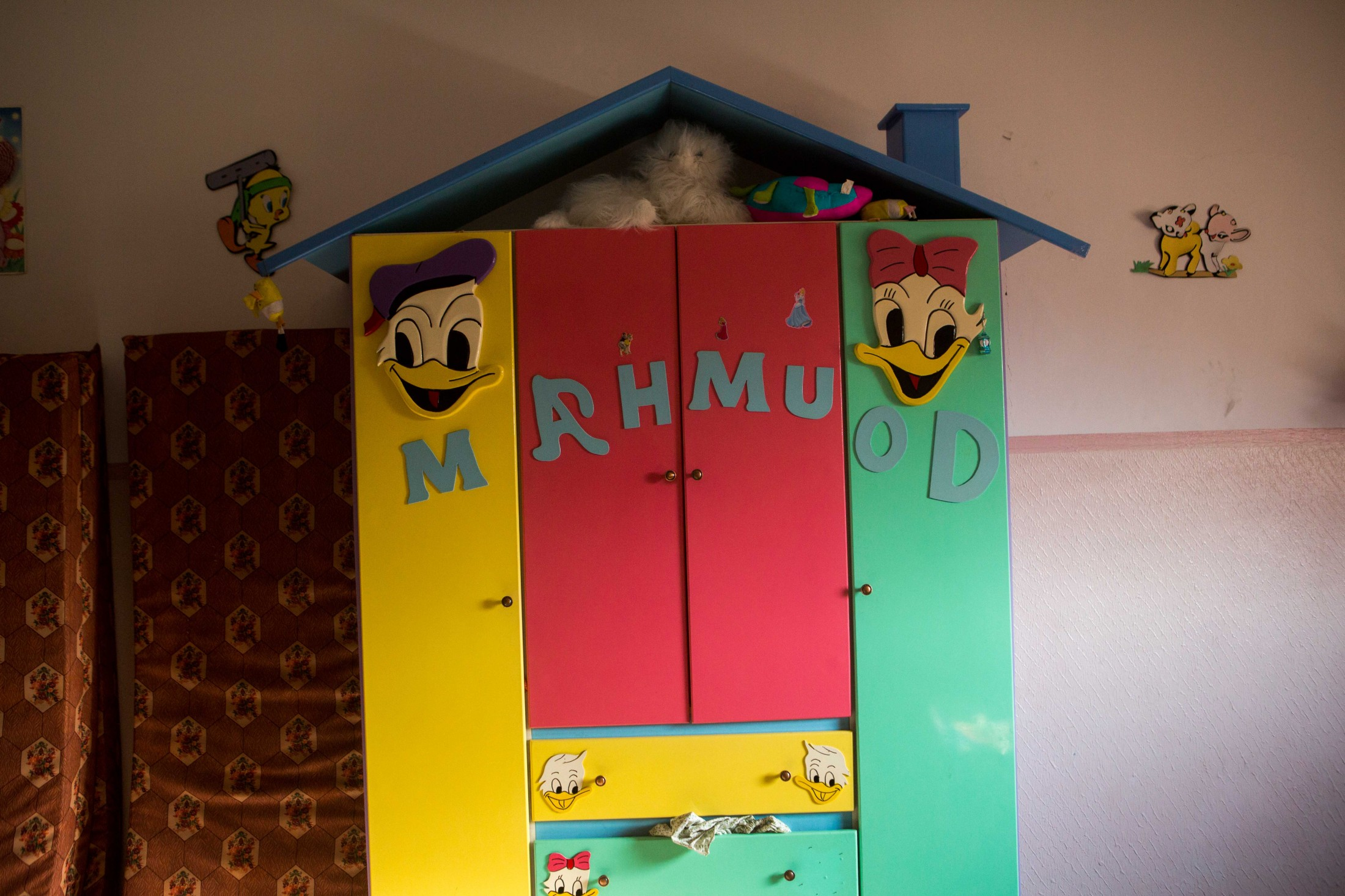 غرفة محمود الصغير ابن أشرف.